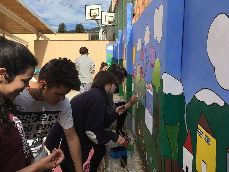 Introdueix-te En L'art Urbà Amb El Cicle De Revestiments Murals